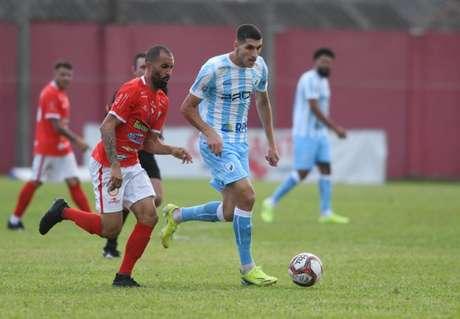 Matheus Bianqui é um dos destaques do Londrina neste início de temporada (Foto: Gustavo Oliveira/Londrina)