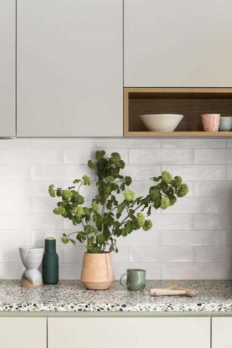 42. Bancada de granito para cozinha – Foto Pinterest