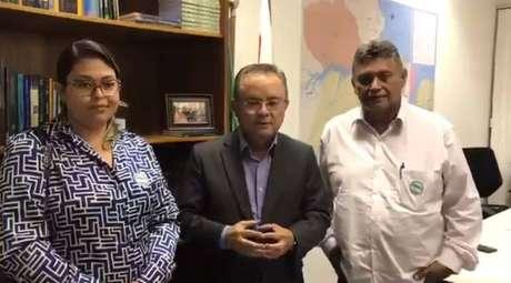 """O senador Zequinha Marinho (PSC-PA), ao lado do empresário Jassonio Costa Leite, apareceu em um vídeo xingando agentes do Instituto Brasileiro de Meio Ambiente (Ibama) de """"servidores bandidos e malandros"""""""