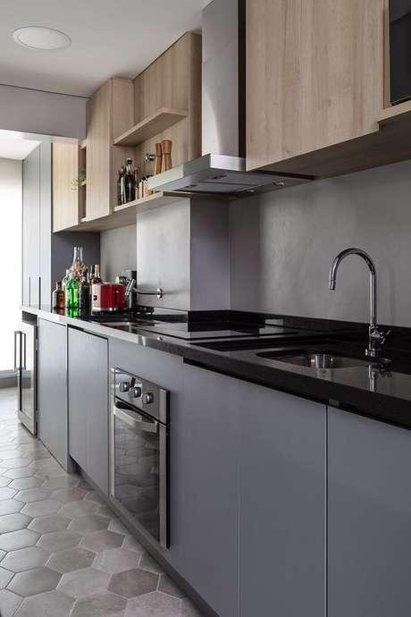 27. Bancada de granito para cooktop – Foto Msac Arquitetura