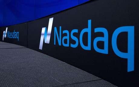 Logo da bolsa norte-americana Nasdaq, em Nova York  02/09/2015 REUTERS/Brendan McDermid