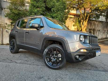 Jeep Renegade Moab: versão de entrada a diesel melhorou as vendas do SUV.