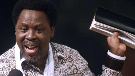 T.B. Joshua é um dos evangelistas mais influentes da África, com políticos importantes entre seus seguidores