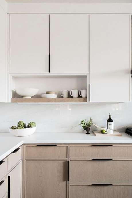 16. Bancada de granito branco – Foto Studio McGee