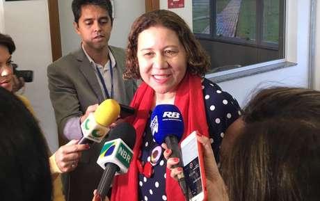 Fatima Marinho diz que mais de 2 mil crianças de até nove anos morreram de covid no Brasil