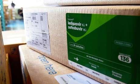 Governo começou a distribuir medicamentos do kit intubação