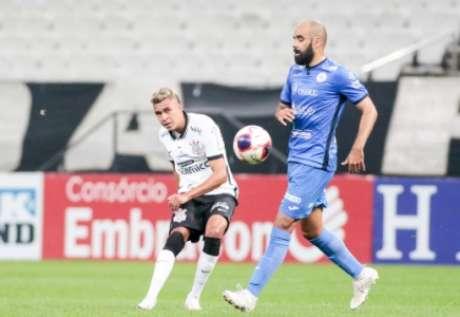 Cantillo teve bom aproveitamento de passes contra o São Bento (Foto: Rodrigo Coca/Ag.Corinthians)
