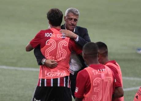 Crespo falou sobre a identidade do São Paulo (Foto: Rubens Chiri/saopaulofc.net)
