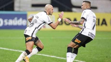 Fábio Santos analisou o time (Foto: Rodrigo Coca/Agência Corinthians)
