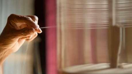 A phuti karpas produzia fios muito frágeis, o que fazia de etapas como a fiação processos bem mais difíceis