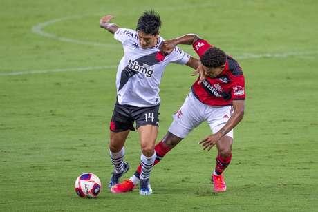 Vasco quebrou um jejum de 17 jogos sem vencer o Flamengo e voltou a derrotar o rival (Foto: Divulgação/Vasco)