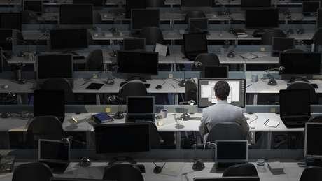 Os turnos de trabalho noturno podem causar distúrbios do sono que são prejudiciais