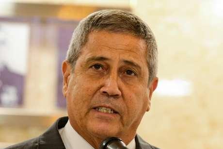 O ministro da defesa Walter Braga Neto