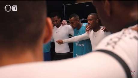 Xavier puxou a palavra após a vitória do Corinthians sobre o Ituano (Foto: Reprodução/Corinthians TV)