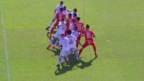 Luciano Reis da Silva moveuma ação popular para que aCBF anule o jogo contra o Internacional, em que houve falha do VAR.