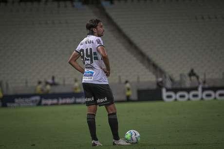 Mattheus Olveira relembrou sua passagem em Portugal e prometeu mais pelo Coxa (Foto: Divulgação/Coritiba)