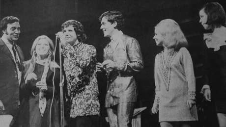 Apresentado por Roberto, Erasmo e Wanderléa, Programa Jovem Guarda, da TV Record, durou quase três anos, de agosto de 1965 a janeiro de 1968