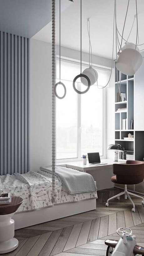31. Decoração moderna com mesa escrivaninha para quarto clean – Foto: Pinterest