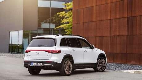 Baseado no Mercedes GLB, novo EQB traz grande parte do visual do modelo a combustão.