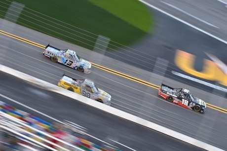 As provas da Truck Series quase sempre são marcadas por disputas emocionantes até o fim.