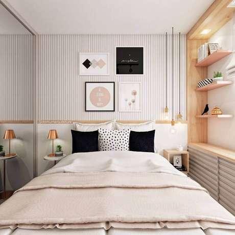 52. Papel de parede listrado delicado para decoração de quarto de mulher pequeno planejado – Foto: Eu Capricho