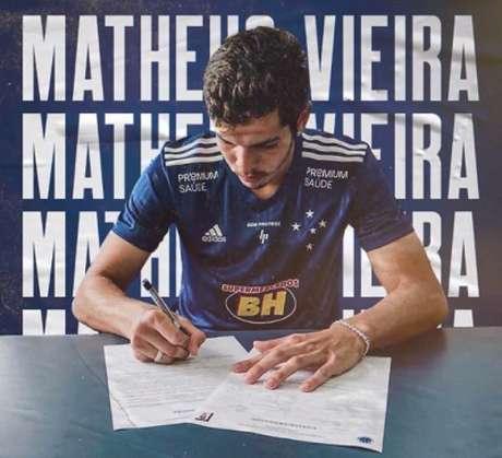 Matheus vai começar sua jornada na Raposa pelo time sub-20 até se adaptar e ser utilizado no profissional-(Divulgação)