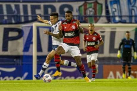 Gerson brilhou contra o Vélez (Foto: Marcelo Cortes/Flamengo)