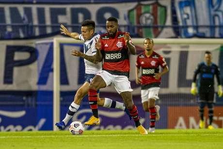 Ao lado de Diego, Gerson é ponto de equilíbrio entre o ataque e defesa do Flamengo (Foto: Marcelo Cortes/Flamengo)