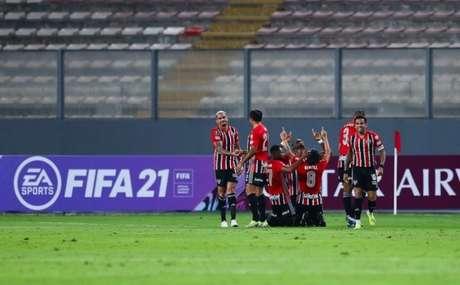 São Paulo venceu o Sporting Cristal por 3 a 0 no Peru (Foto: Staff Images / CONMEBOL)