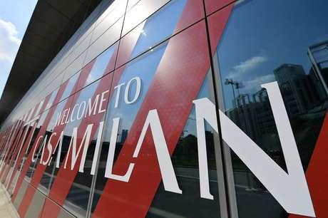 Sede do AC Milan, Milão, Itália 19/04/2021. REUTERS/Daniele Mascolo