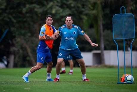 Thiago Neves e Rogério Ceni estiveram juntos no Cruzeiro (Bruno Haddad/Cruzeiro)