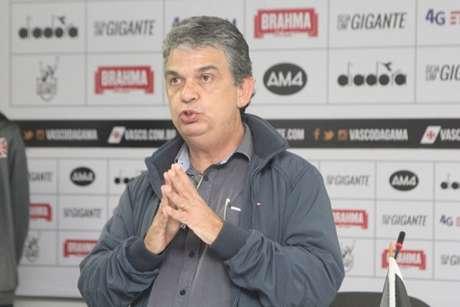 Carlos Brazil está no Vasco desde 2018 (Foto: Paulo Fernandes/vasco.com.br)