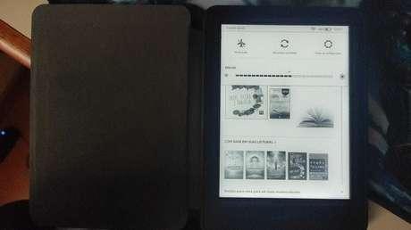 Como colocar um livro como descanso de tela no Kindle