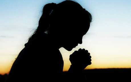 Conheça as orações que irão afastar qualquer doença na sua vida - Shutterstock