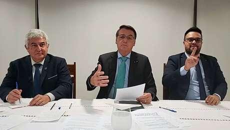 Bolsonaro tinha até esta quinta-feira, 22, para sancionar o projeto do Orçamento.