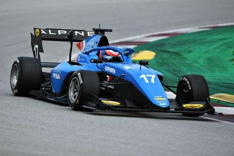 Victor Martins, a estrela dos testes da F3