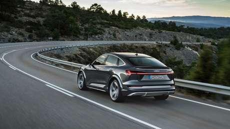 Audi e-tron S Sportback: três motores elétricos e 503 cv de potência.