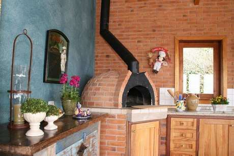 87. Invista no bom e velho fogão a lenha para cozinha da casa de fazenda. Fonte: Pinterest