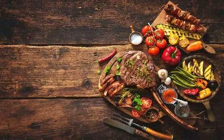 Dia do churrasco: veja dicas para um consumo saudável