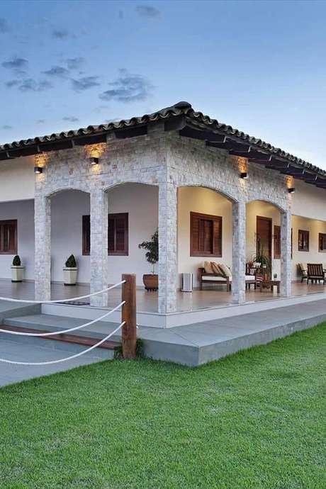 98. Casa da fazenda moderna com jardim – Foto Casa e Decor