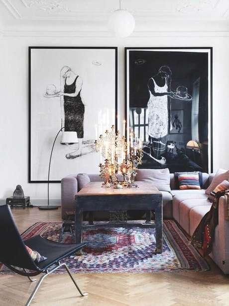 14. Decoração com quadro grande para sala de estar – Foto: Casa de Valentina