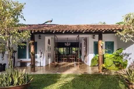 74. Casa de fazenda seguindo o estilo colonial. Fonte: Casa e Jardim