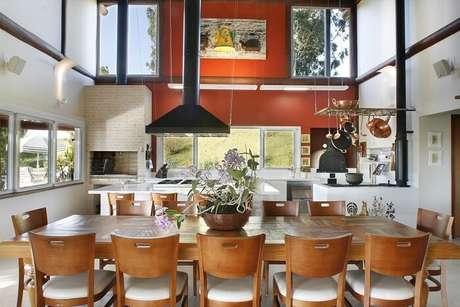 82. Decoração moderna e sofisticada para essa casa de fazenda. Fonte: Pinterest