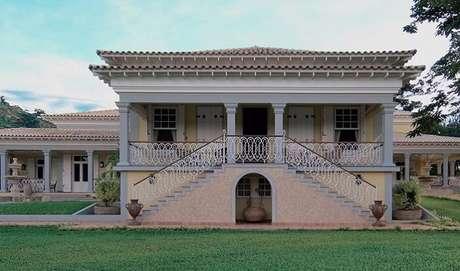 75. Casa de fazenda seguindo o estilo colonial. Fonte: Galeria da Arquitetura