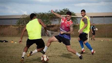 Falsificação de exames do Cascavel causa confusão no Campeonato Paranaense