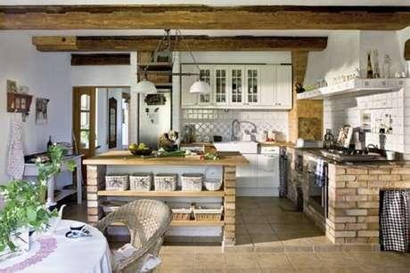 81. Decoração clean e aconchegante para essa cozinha. Fonte: Pinterest