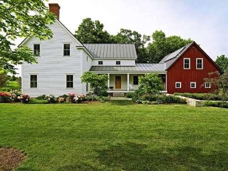 14. Modelo de casa de fazenda estilo norte americana