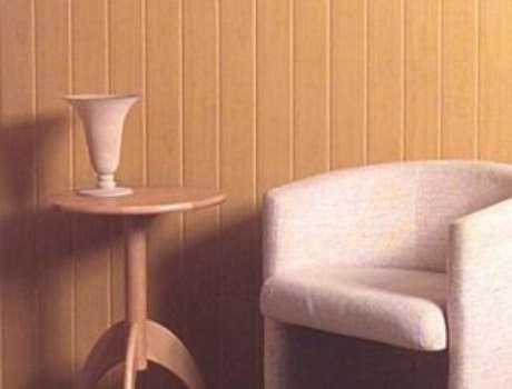 34. Sala com forro de PVC