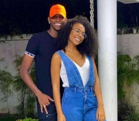 Goleiro do Flamengo, Hugo Souza já havia terminado com ex-noiva quando 'explodiu' em 2020 (Foto: Reproduçõa/Instagram)