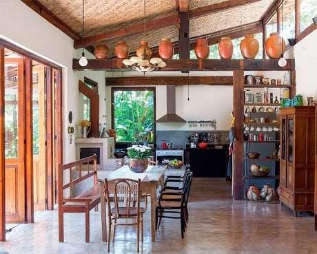 90. Sala de jantar integrada a cozinha. Fonte: Pinterest